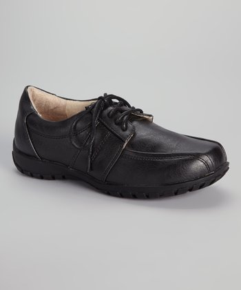 Black Free Period Shoe