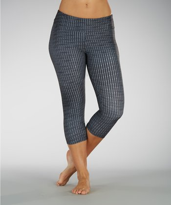 Black Geometric Capri Leggings
