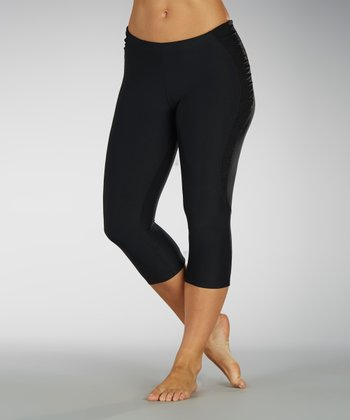 Black Ruched Side Capri Leggings