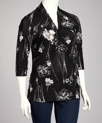 Black & White Floral Three-Quarter Sleeve Top - Plus