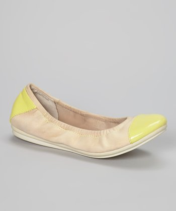 Natural & Light Yellow Gessica Flat