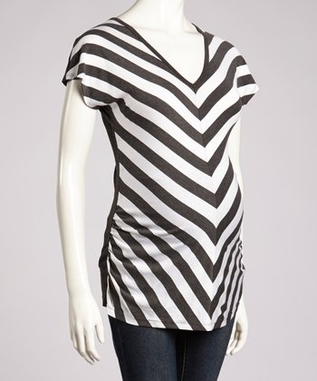 Charcoal & White Chevron Short-Sleeve Maternity Top