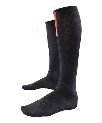 Black 2XU Recovery Compression Socks - Men