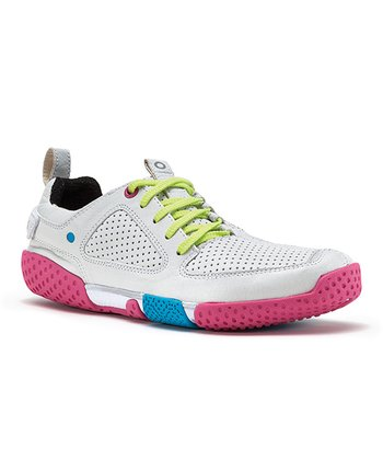 Ivory & Pink Form Running Shoe - Women