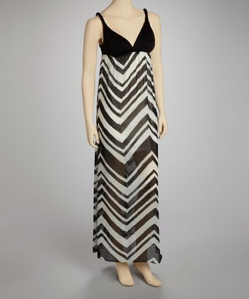 Black & White Zigzag Maxi Dress