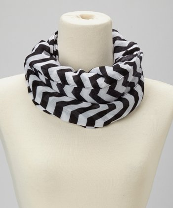 Black & White Thin Zigzag Infinity Scarf