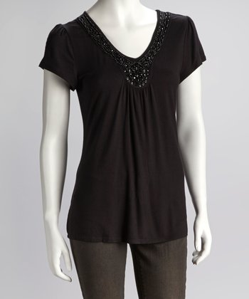 Black Jewel Neckline Short-Sleeve Top