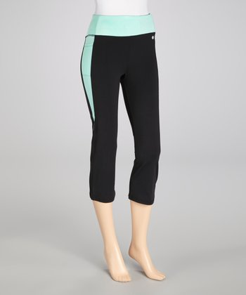 Black & Neon Mint Contrast Capri Pants