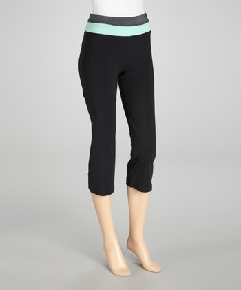 Black & Neon Mint Zip-Back Capri Pants