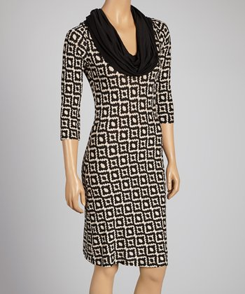 Taupe & Black Three-Quarter Sleeve Dress - Women