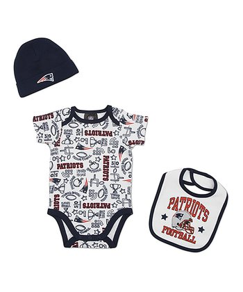 White New England Patriots Layette Set - Infant