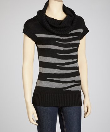 Black & Heather Grey Cowl Neck Short-Sleeve Sweater