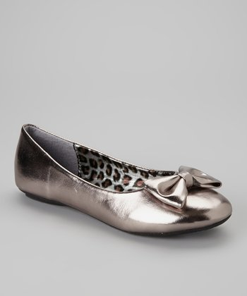 Pewter Metallic Bow Flat