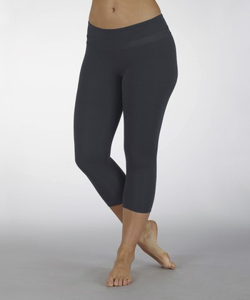 Carbon Platinum Slim-Fit Capri Leggings
