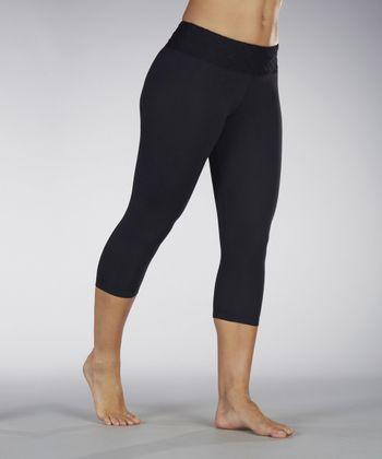 Black Detailed Capri Leggings