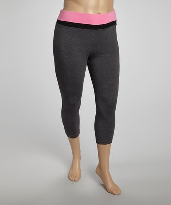 Fuchsia Tricolor Yoga Capri Pants - Plus