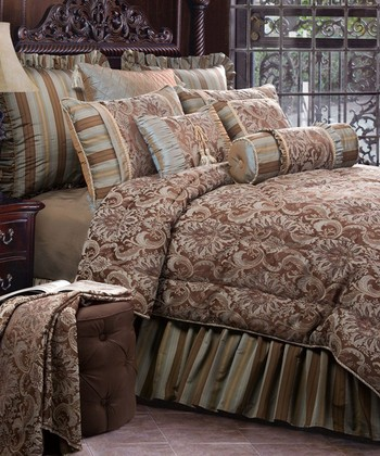 Jennifer Taylor Vellore California King Comforter Set