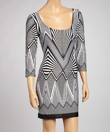 Black & White Abstract Scoop Neck Dress