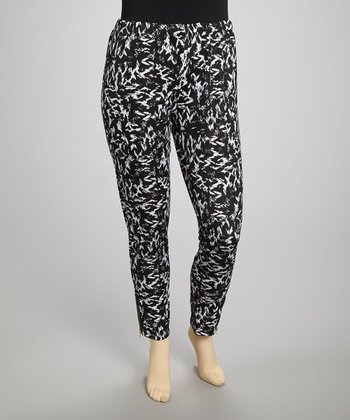 Black & White Abstract Leggings - Plus