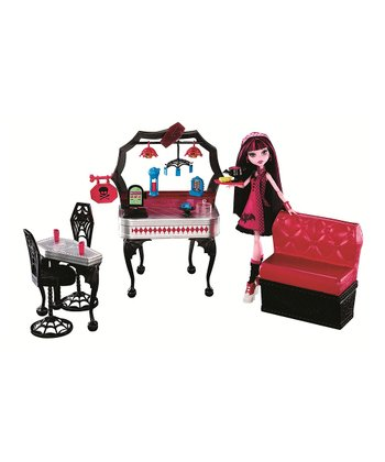 Monster High Die-Ner & Draculaura Doll