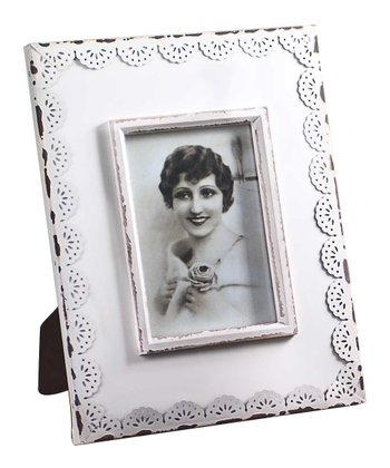 White Scalloped Lace 5'' x 7'' Frame