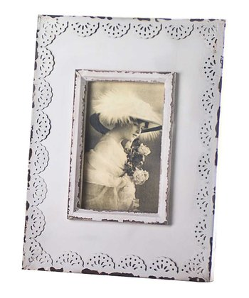 White Scalloped Lace 4'' x 6'' Frame