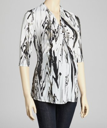 Black & White Ripple Cinch Maternity Three-Quarter Sleeve Top