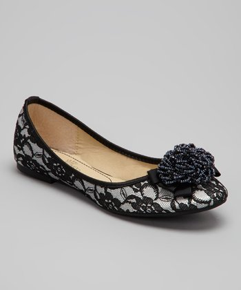 Black Yuma Lace Flat