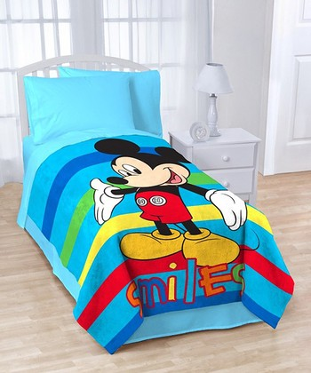 Blue Mickey 'Smiles' Oversize Twin Blanket