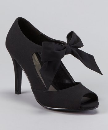Black Garbo Pump