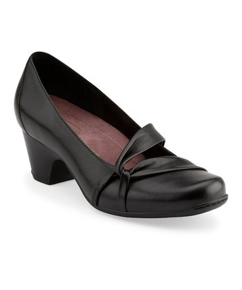 Black Sugar Plum Pump - Women