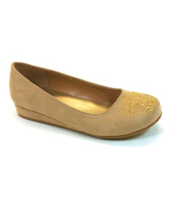 Beige Crown Pana Flat