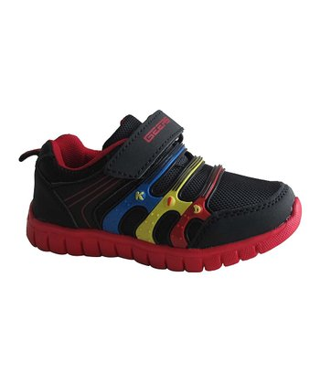 Dream Seek Black & Red Triple-Band Sneaker