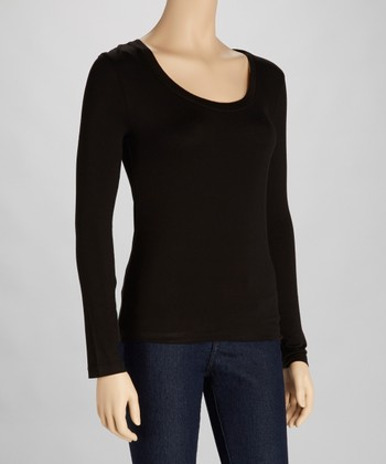 Black Scoop Neck Tee
