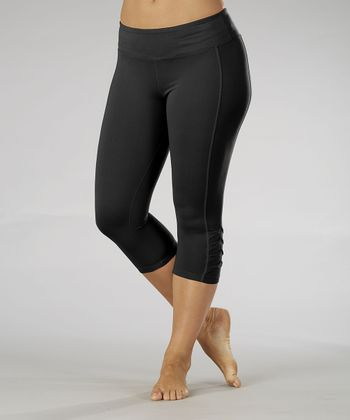 Black Pleated Capri Leggings