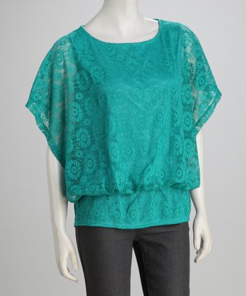 jon & anna Green Lace Cape-Sleeve Top