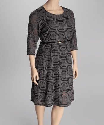 Gray & Black Belted Scoop-Neck Dress - Plus