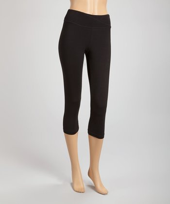 Black Power Capri Leggings