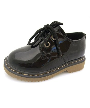 Black Patent Two-Hole Lace-Up Shoe