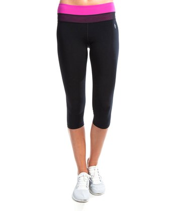 Black Kiss Me Capri Leggings