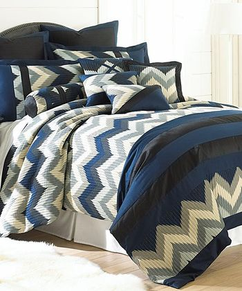 Blue Zigzag Embellished Comforter Set