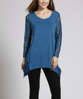 Peacock Shark Bite Lace-Sleeve Sidetail Top