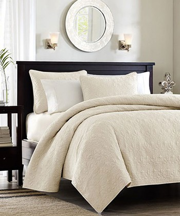 Ivory Ornate Beth Coverlet Set