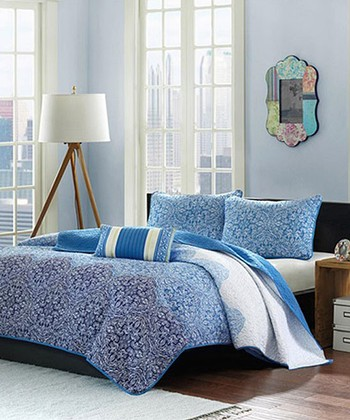 Blue & White Paisley Clover Quilt Set