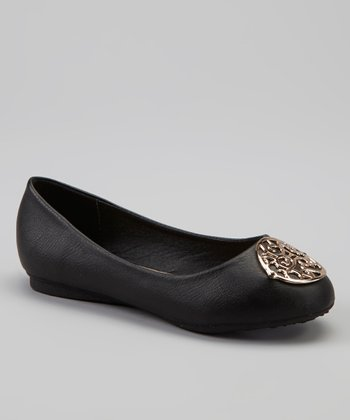 Black Medallion Spot Flat