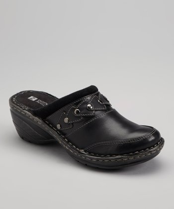 Black Leather Doogie Clog
