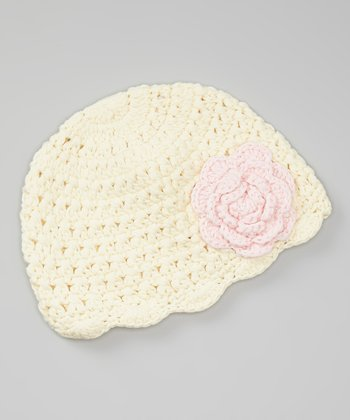 White Flower Scallop Beanie