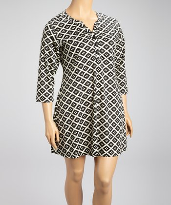 Black & White Geometric Shift Dress - Plus