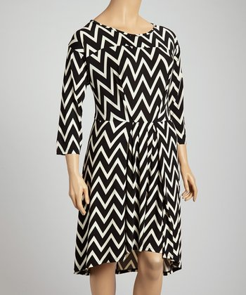 Black Zigzag Three-Quarter Sleeve Dress - Plus