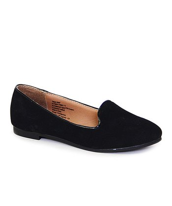 Black Moon Walk Flat